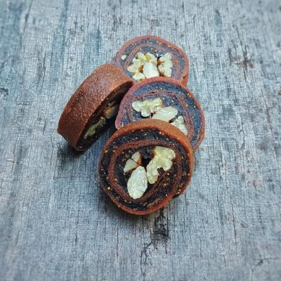 עידן הפרי - סושי פירות יבשים - לדר גויאבה במילוי תאנים